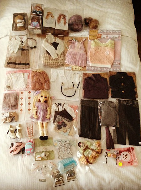2 days loot. Excluding the doll but including the dress and shoes on her.